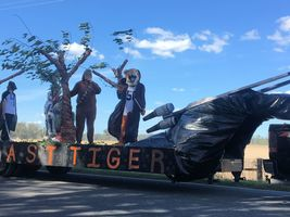 THS Homecoming Parade