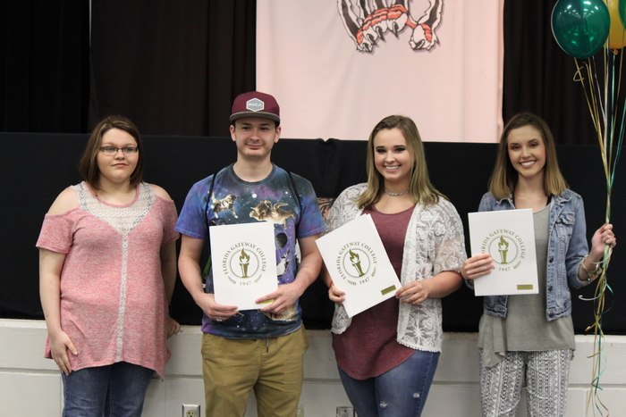 Seniors receive scholarships from FGC.