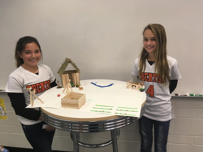 6th grade students with their project
